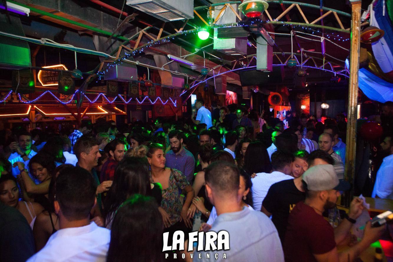 La Fira Dress Code Guide For Men And Women Nightlife Barcelona